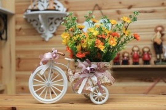 Table centerpieces, bicycle centerpiece, centerpieces, vintage centerpiece
